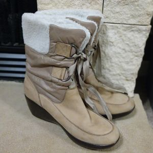 Sperry Tan Leather and Fabric Snow Boots Winter